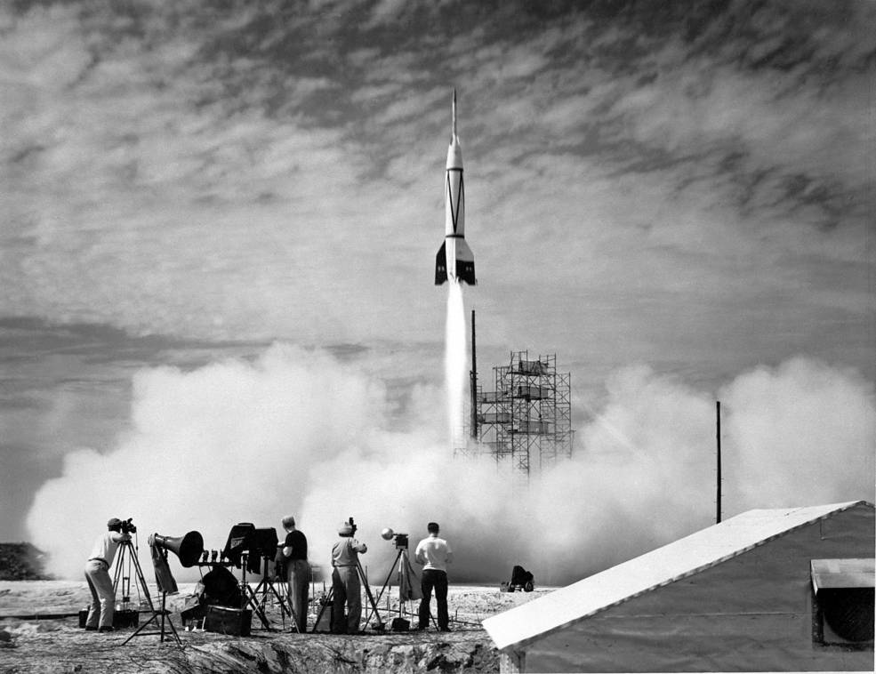 US Test Launch V2 Rocket